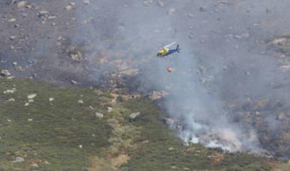 Controlado el fuego declarado en Cantabria y extendido a Salcedillo