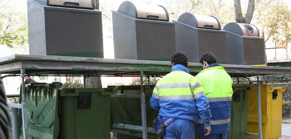 La nueva contrata de basuras renovará los vehículos y mantendrá los 110 empleos