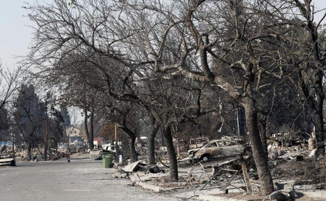 Los incendios en California dejan ya 40 muertos y 100.000 personas evacuadas
