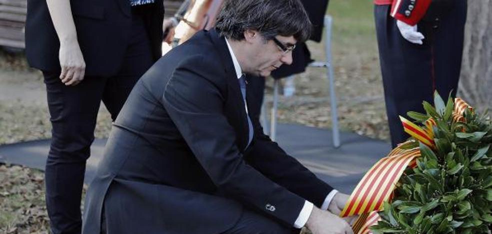 Puigdemont afirma que sus decisiones se basan en la paz, la firmeza y la democracia