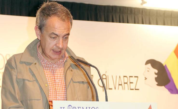 José Luis Rodríguez Zapatero recibe el Premio Benedicta Rodríguez, en los II Premios, por la Memoria Historica