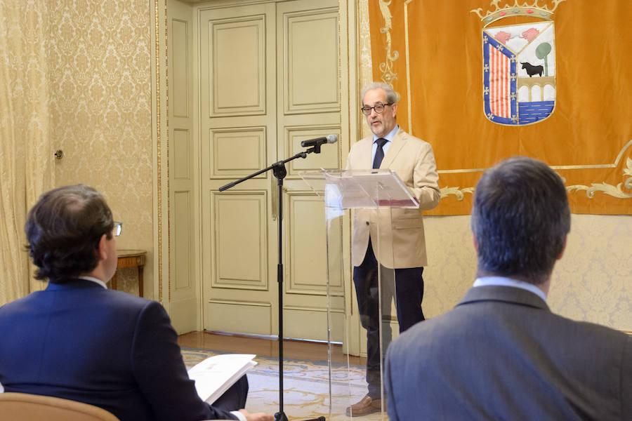 Salamanca entrega las Medallas de Oro a la Junta de Semana Santa y al Avenida