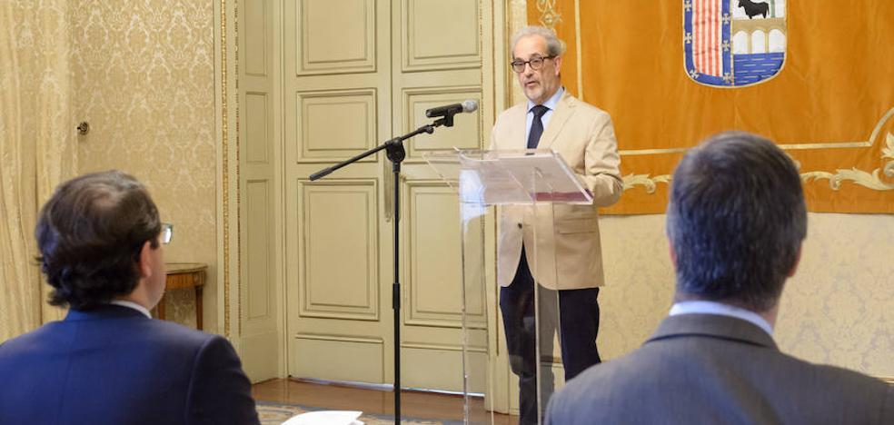 Ayuntamiento y Universidad facilitarán el primer contrato laboral a 70 estudiantes