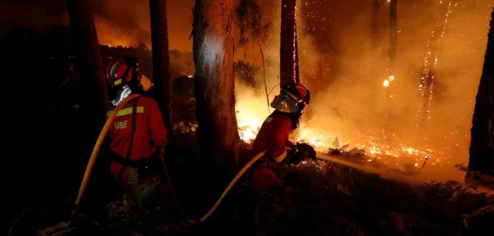 Portugal eleva a 38 las víctimas mortales por los incendios