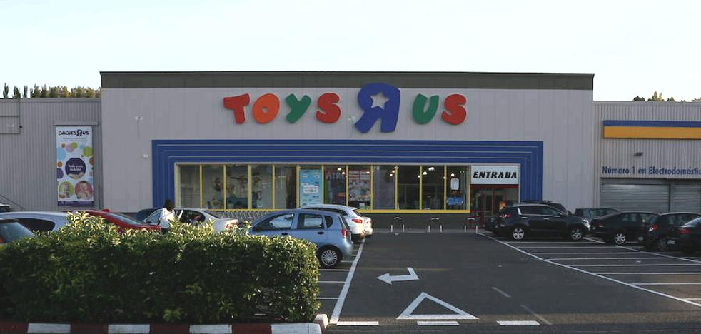 Toys 'R' Us abre una tienda en Ponferrada ante la campaña navideña