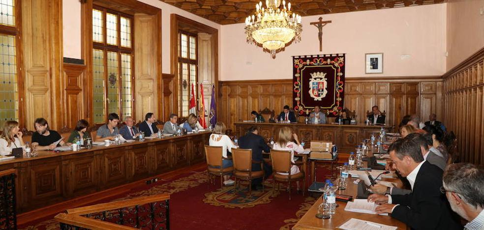 Los concejales se suben la retribución el 1%