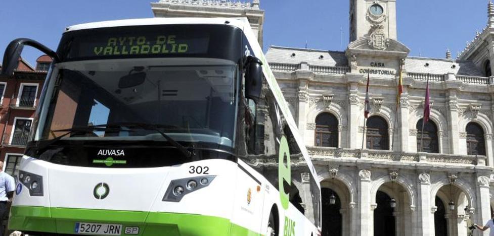 La compra de autobuses y de pisos sociales acaparará la inversión municipal en 2018
