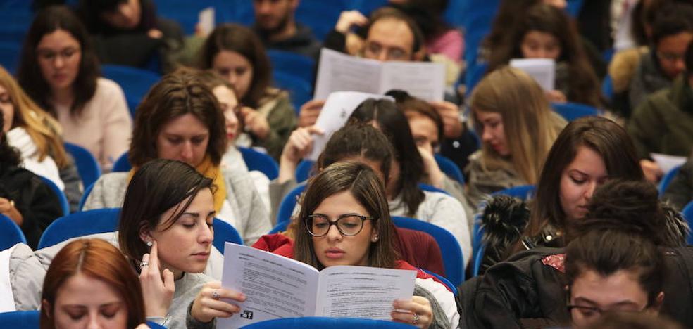 Educación abre el plazo de solicitud para las becas universitarias para al curso 2017-2018