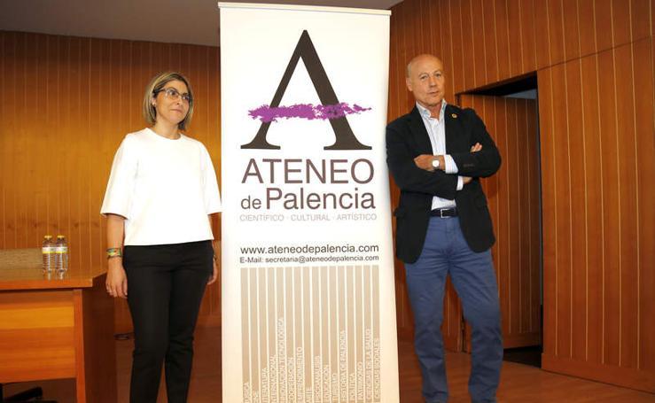 Conferencia de Juan Antonio Corbalán en la Biblioteca Pública de Palencia