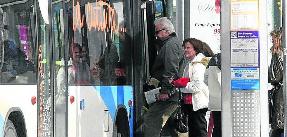 Raquel Fernández (PP) culpa a Clara Luquero del «desastre» del transporte urbano