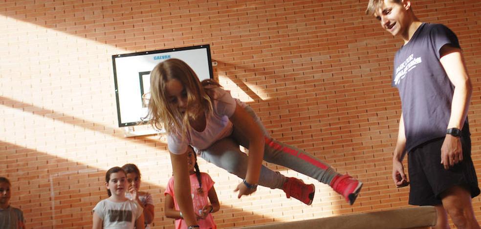 El programa municipal Ciudad de los Niños 'salta por la igualdad' este mes