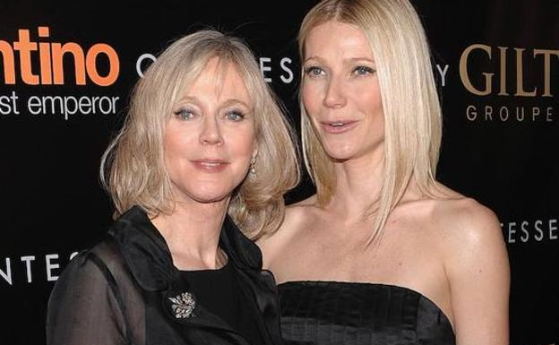 Gwyneth Paltrow, con su madre.