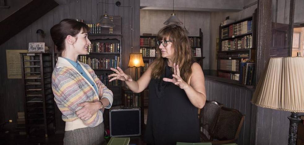 'La Librería' de Isabel Coixet convence y emociona en la apertura de la 62 Seminci