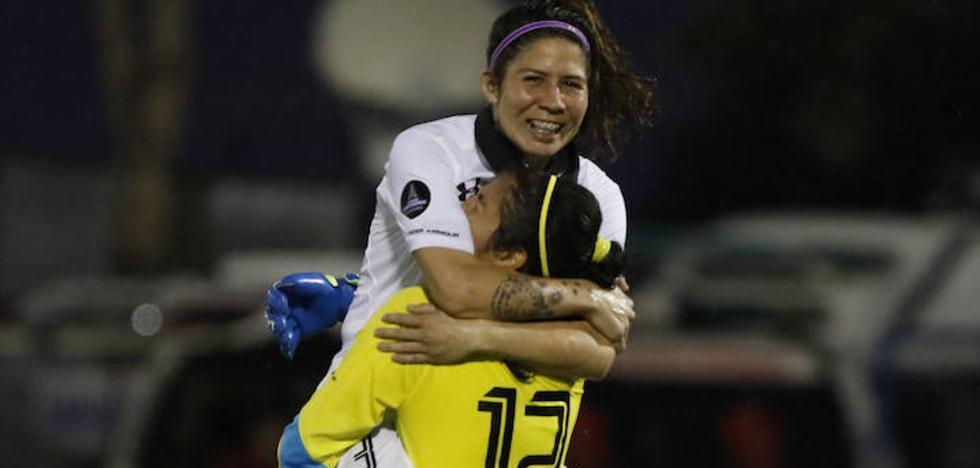 Trabajadora y goleadora, la diferencia de las futbolistas