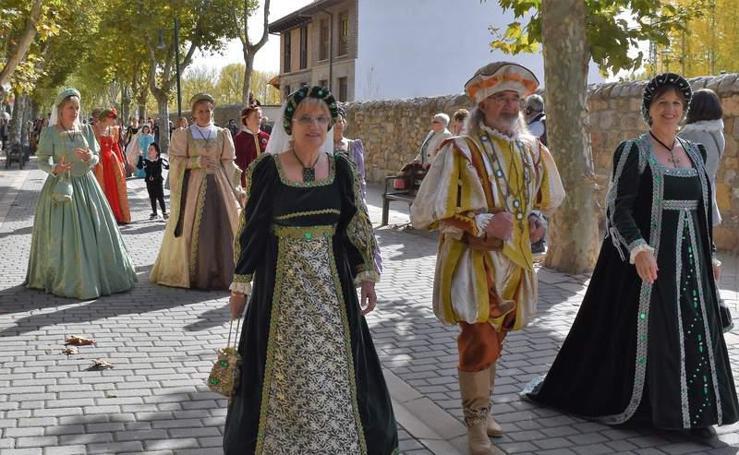 Aguilar de Campoo escenifica la visita que Carlos V realizó al monasterio de Santa María la Real en 1517