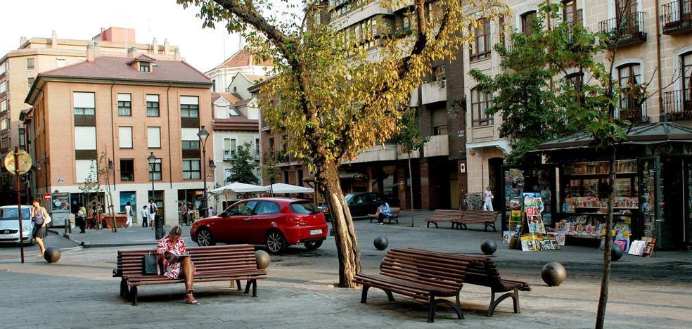 Dos detenidos tras apuñalar a un joven en la plaza de los Arces de Valladolid