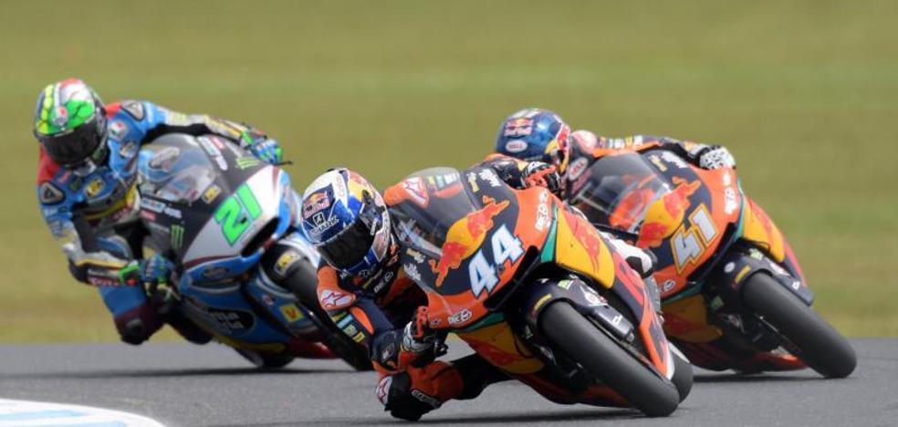 Oliveira se sube por primera vez a lo más alto del podio junto a KTM