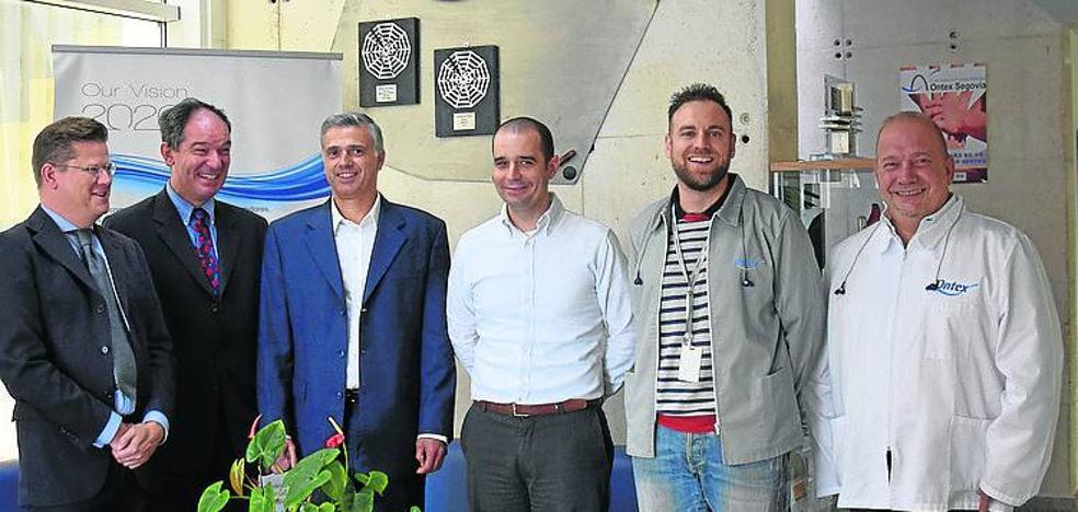 El embajador de Bélgica ensalza la producción de Ontex en Valverde