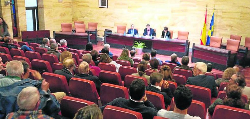Las figuras de Adolfo Suárez y Marcello Caetano protagonizan el seminario Héroes y Villanos