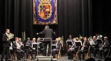 'Las danzas del mundo' llegan este martes al Principal con la Banda de Música