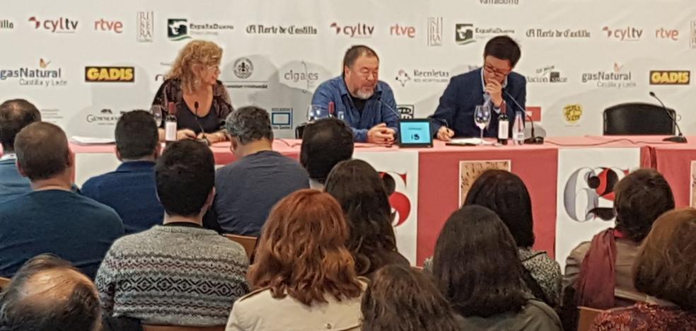 Ai Weiwei: «Siempre me he sentido parte de los refugiados, en esos niños me veo a mí»