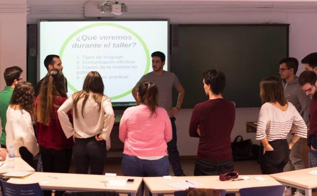 El Club de Consultoría y Desarrollo Profesional inicia su segundo curso