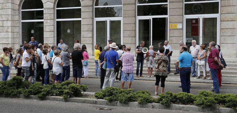 Los jubilados de Castilla y León cobran 22 euros por debajo de la media y 274 euros menos que los vascos
