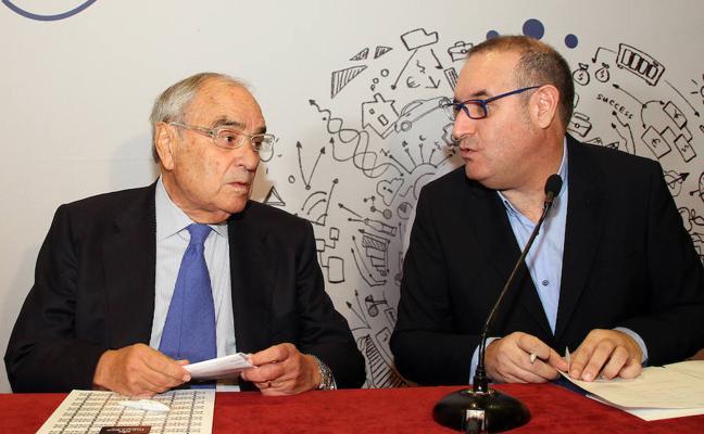 Martín Villa acusa a la Generalitat de dar un golpe de Estado y echa en falta la complicidad de los políticos del 77