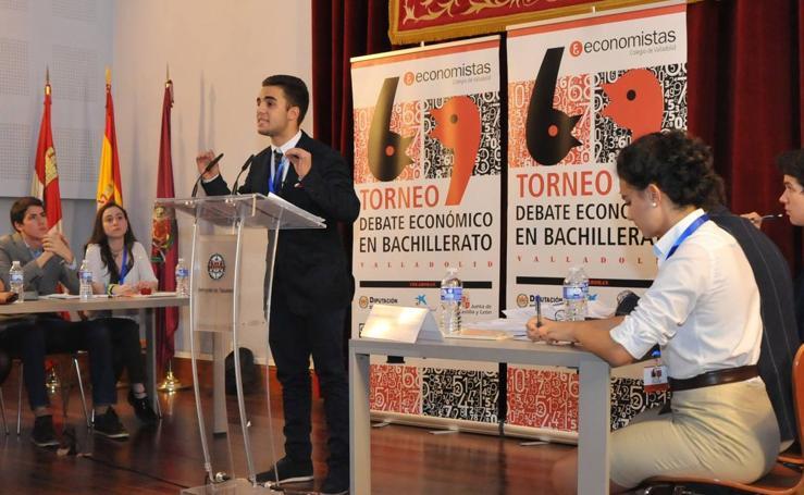 El Condesa Eylo gana el segundo torneo de Debate Económico en Bachillerato