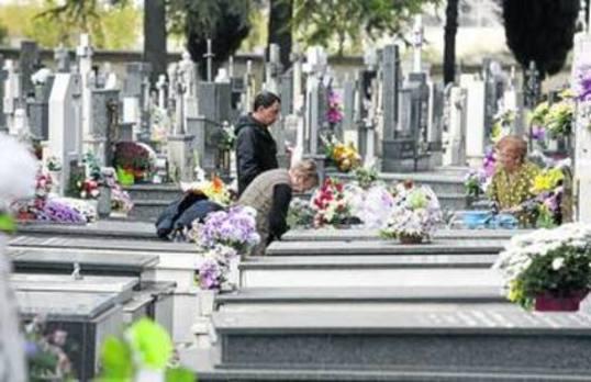 El cementerio de Palencia ofrece ya la localización informática de cualquier sepultura