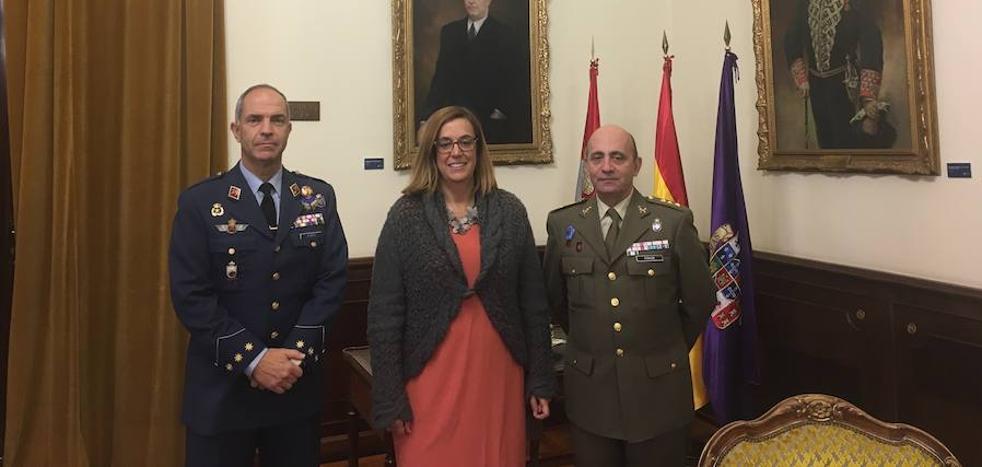 El coronel jefe de la base de Villanubla se presenta a las instituciones