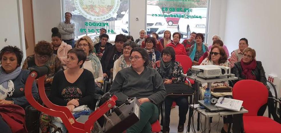 Las mujeres rurales se reúnen en Saldaña para intercambiar experiencias