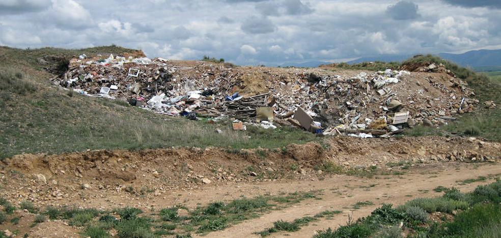 Las 158 escombreras de la provincia desaparecerán en tres años