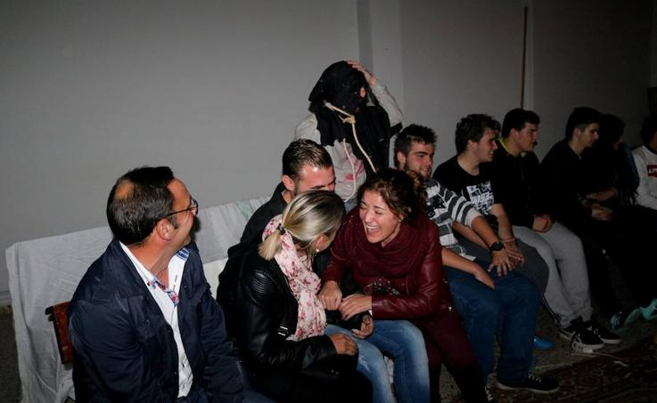 A Ninguna Parte Teatro recrea una cárcel de enfermos mentales en Villamuriel (1/2)