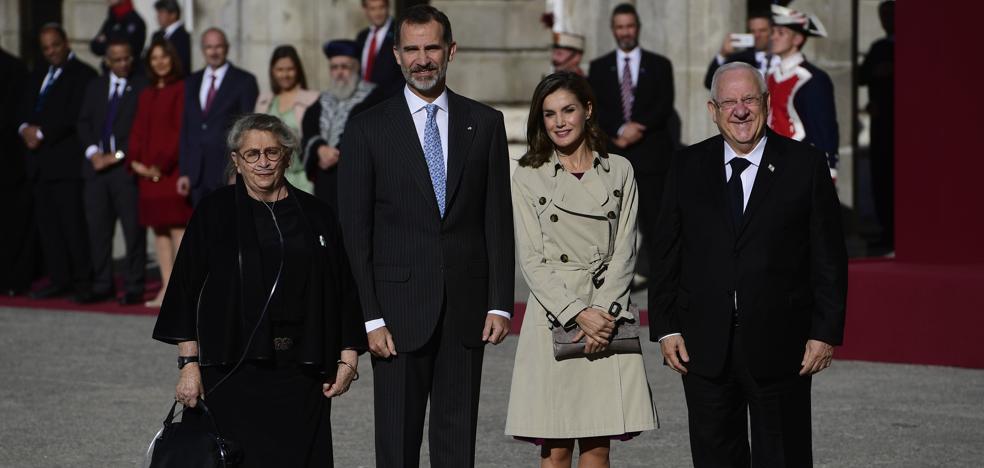 Los Reyes reciben a Rivlin, primera visita de un mandatario israelí a España en 25 años