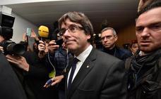 Puigdemont hará campaña hasta que el juez decida el día 17 si lo extradita