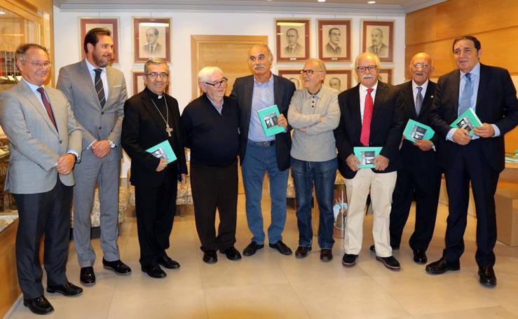 Presentación del libro 'Hospitales' en el Colegio de Médicos de Valladolid