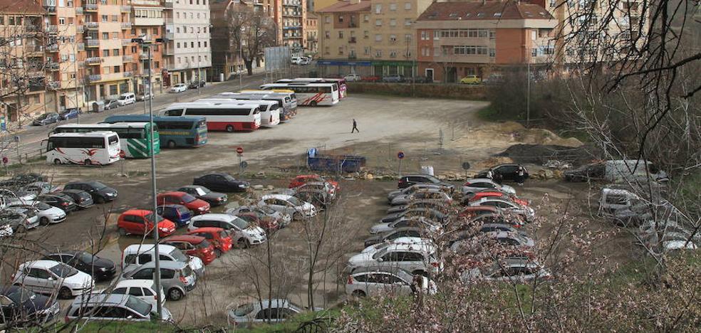Los promotores del fallido residencial en el Velódromo, al banquillo