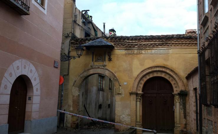 Incendio en la travesía de las Canonjías de Segovia