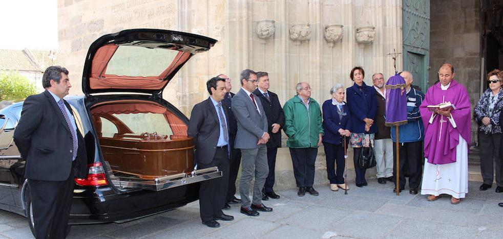 El emotivo adiós a Eusebio García, un «hombre valiente y entregado»