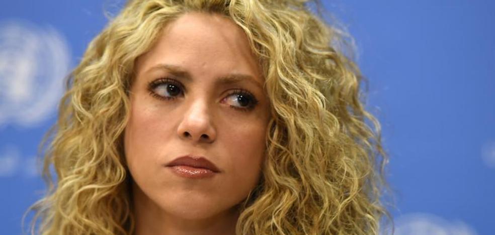 Shakira aplaza los primeros conciertos de su gira por un problema en las cuerdas vocales