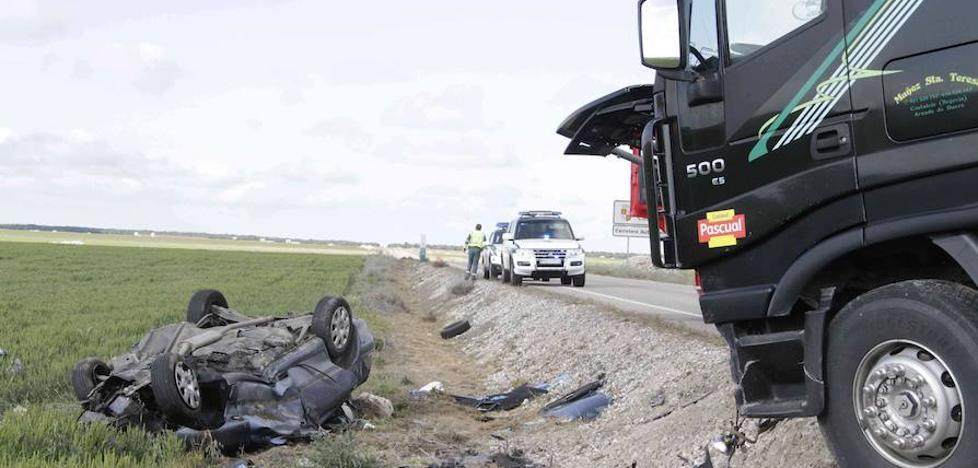 Una quincena negra en las carreteras de Segovia con cuatro muertos