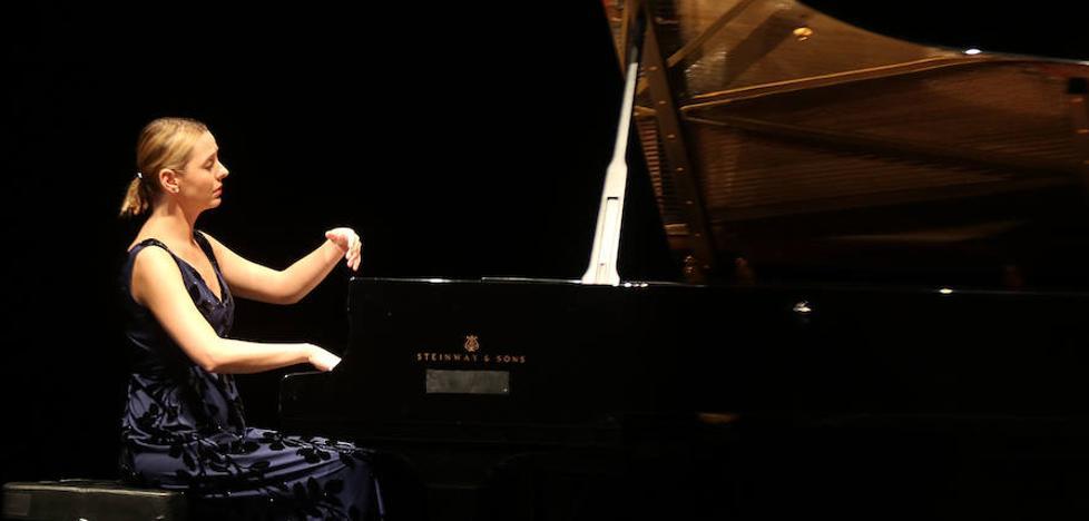 El XIII Concurso Frechilla-Zuloaga comienza con 22 pianistas de siete países