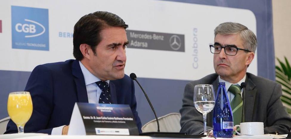 Suárez-Quiñones defiende la política pionera de la Junta en rehabilitación urbana