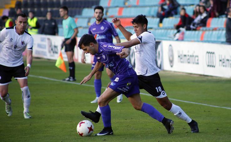 Partido de Tercera División entre el CF Salmantino-Cristo Atlético de Palencia (0-1)