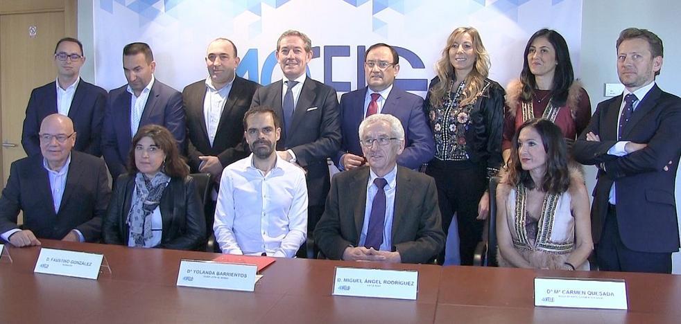 La Fele otorga el reconocimiento del sector Servicios y Comunicación a leonoticias por sus 10 años