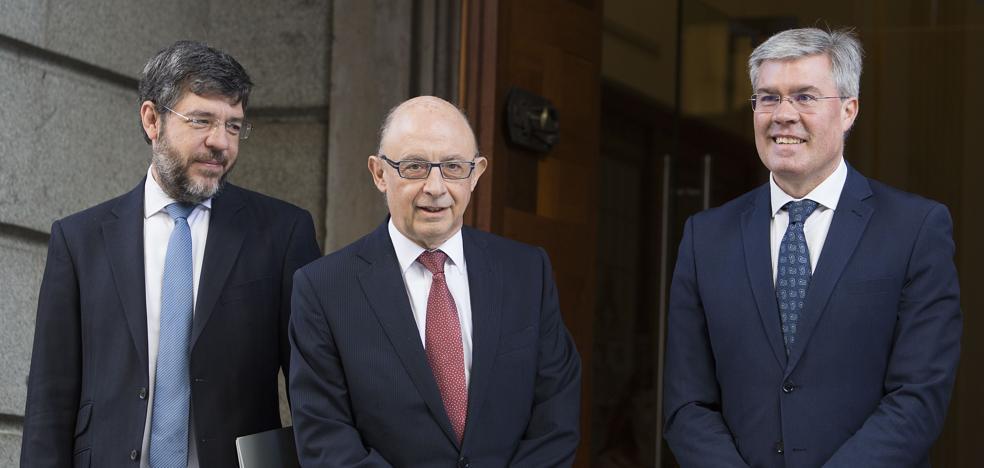 Hacienda confía en bajar el IRPF en 2018 para salarios inferiores a 18.000 euros