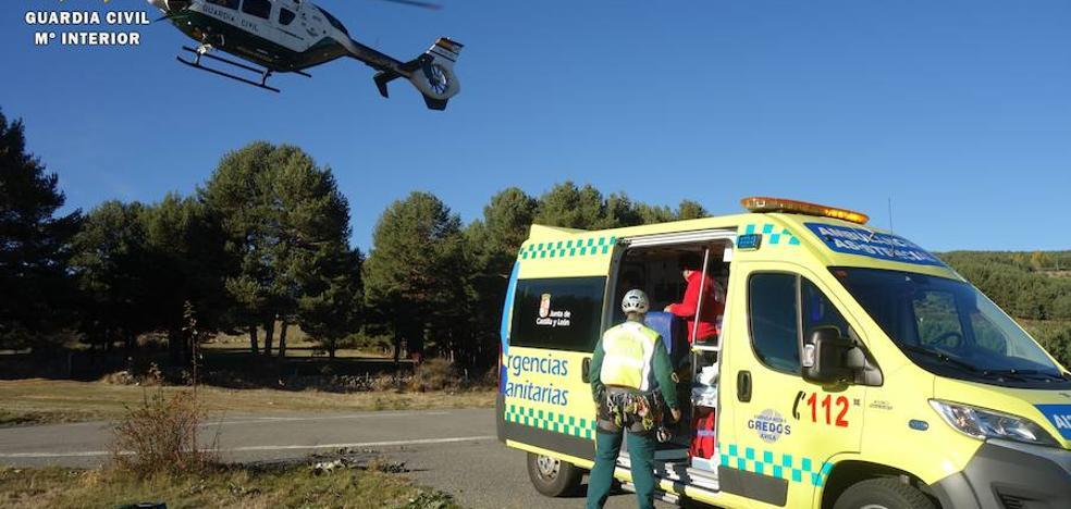Rescatan a un senderista con la rodilla lesionada en Zapardiel de la Ribera