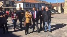 La reforma de la plaza principal de Navafría satisface a los vecinos