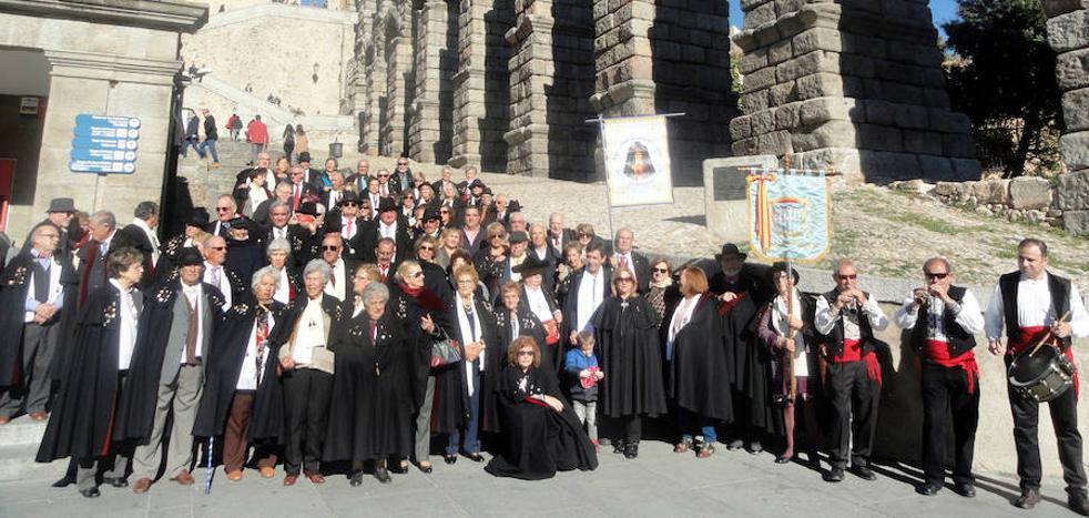 Un centenar de capistas toman Segovia